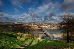 Vecchio panorama della città di Kaunas immagine stock libera da diritti