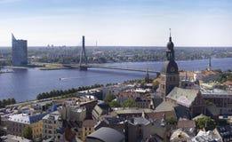 Vecchio panorama di Riga fotografia stock