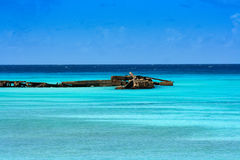 Vecchio pilastro su un mare caraibico del turchese Fotografia Stock Libera da Diritti