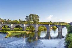 Vecchio ponte a Carcassonne, Francia immagini stock