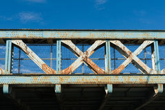 Vecchio ponte d'acciaio Fotografia Stock