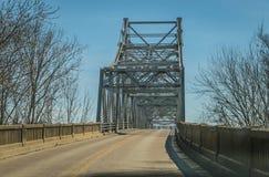 Vecchio ponte d'acciaio Immagine Stock