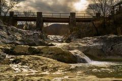 Vecchio ponte in Kotli Immagini Stock Libere da Diritti