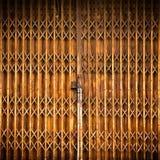 Vecchio portello metallico Immagine Stock