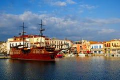 Vecchio porto in città di Rethymno Immagine Stock