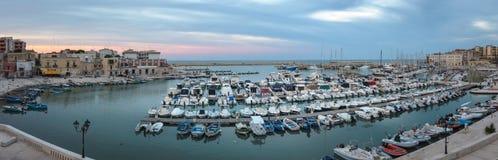 Vecchio porto di Bisceglie fotografie stock libere da diritti
