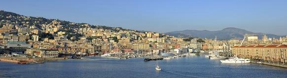 Vecchio porto di Genova, panorama fotografie stock libere da diritti