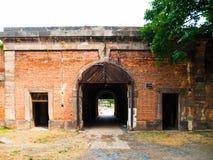 Vecchio portone della fortificazione in Terezin, repubblica Ceca Fotografia Stock Libera da Diritti