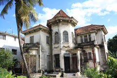 Vecchio primo piano abbandonato della casa a Avana Fotografia Stock