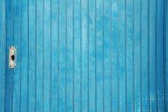 Vecchio primo piano blu del portello Immagini Stock