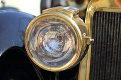 Vecchio primo piano dell'automobile Immagine Stock Libera da Diritti