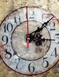 Vecchio primo piano dell'orologio Immagini Stock Libere da Diritti
