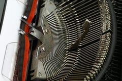 Vecchio primo piano della macchina da scrivere, vista del meccanismo Fotografia Stock Libera da Diritti