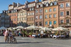 Vecchio quadrato del mercato della città di Varsavia fotografie stock libere da diritti
