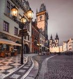 Vecchio quadrato del mercato a Praga nella sera Fotografie Stock Libere da Diritti