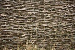 Vecchio recinto rurale dai rami Immagini Stock
