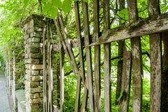 Vecchio recinto tagliato piacevole Immagine Stock
