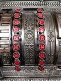 Vecchio registratore di cassa con i bottoni del dollaro Fotografia Stock Libera da Diritti