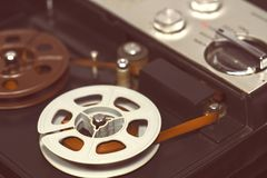 Vecchio registratore di nastro fotografie stock