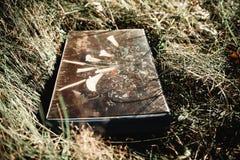 Vecchio retro album Immagine orizzontale fotografie stock