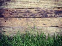 Vecchio retro d'annata del fondo di legno dell'erba Immagini Stock