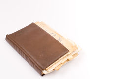 Vecchio retro libro della copertura sopra fondo bianco Immagine Stock Libera da Diritti