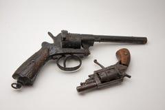 Vecchio revolver immagine stock