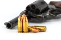 Vecchio revolver con i richiami Fotografie Stock Libere da Diritti