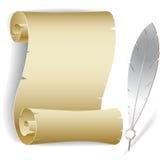 Vecchio rullo di carta con la piuma Fotografia Stock