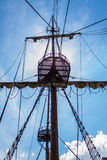 Vecchio sartiame della nave di navigazione Fotografie Stock
