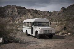 Vecchio scuolabus fotografie stock libere da diritti