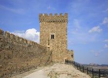 Vecchio secolo genovese della fortezza XI in Sudak crimea l'ucraina immagine stock