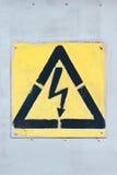 Vecchio segno ad alta tensione Fotografia Stock Libera da Diritti