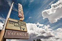 Vecchio segno del motel Immagini Stock Libere da Diritti