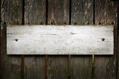 Vecchio segno di legno in bianco Immagini Stock Libere da Diritti