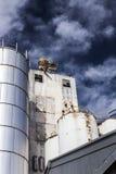 Vecchio silo drammatico Fotografie Stock Libere da Diritti