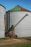 Vecchio silos di immagazzinamento arrugginito del raccolto Fotografia Stock Libera da Diritti