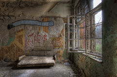 Vecchio sofà Immagini Stock