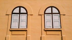 Vecchio stile delle finestre fotografie stock