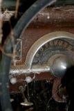 Vecchio tachimetro dell'automobile Fotografia Stock Libera da Diritti