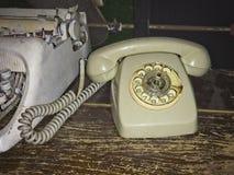 Vecchio telefono automatico fotografia stock