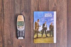 Vecchio telefono cellulare di Nokia Fotografie Stock Libere da Diritti