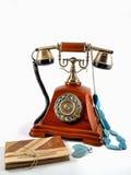 Vecchio telefono con la nota Fotografia Stock Libera da Diritti