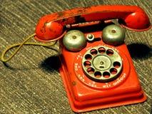 Vecchio telefono rosso Fotografia Stock Libera da Diritti