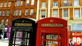 Vecchio Telephonestation a Londra Fotografie Stock Libere da Diritti