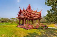 Vecchio tempio tailandese in città antica, Samut Prakan, Bangkok, Tailandia fotografia stock libera da diritti