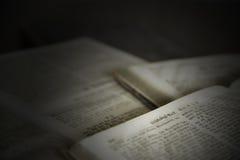 Vecchio testo da un libro Fotografia Stock