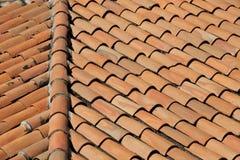 Vecchio tetto di Tarracotta Fotografie Stock
