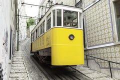 Vecchio tram di Lisbona Fotografia Stock