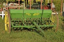 Vecchio trapano del grano di seme di John Deere Fotografia Stock